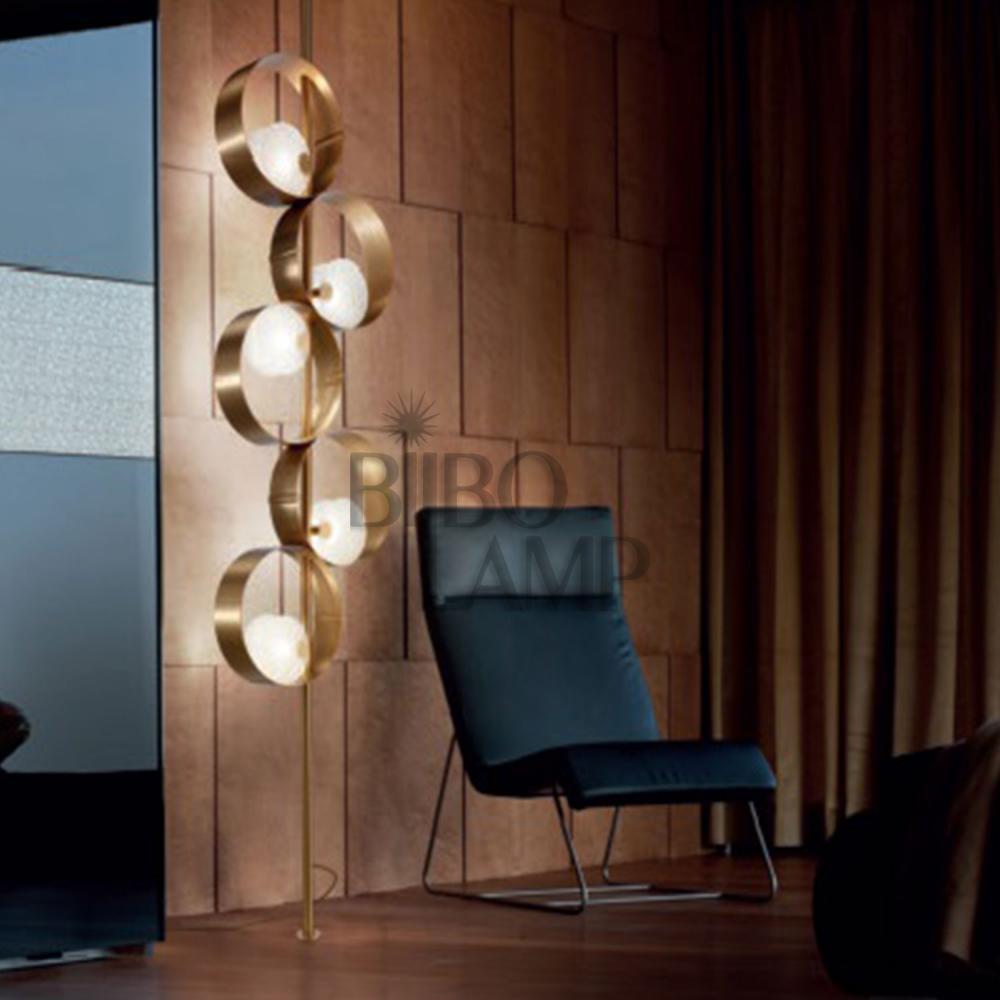 Lámpara Colgante de Aros en Oro de Bilbolamp
