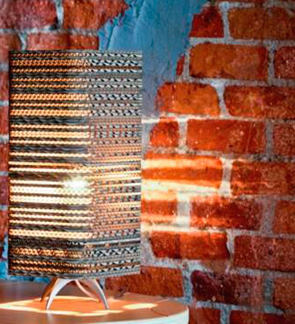 Lámpara de Sobremesa Capri de Carton Ondulado de Bilbolamp